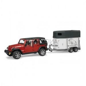 Bruder Jeep Wrangler Unlimited Rubicon lószállitóval és lóval (02926)