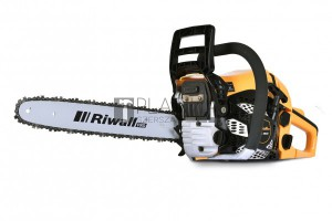 Riwall PRO RPCS 4640 benzinmotoros láncfűrész (40cm 46cm³)