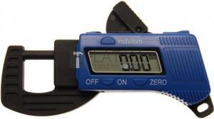 BGS Technic Digitális kengyeles mérőcsavar | 0 - 13 mm
