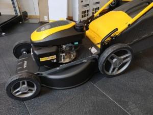 Stiga Collector 53 S H önjáró benzines fűnyíró Honda motorral 51cm 3,1kW